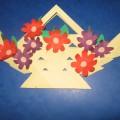 «Я для милой мамочки сделаю подарочек». Мастер-класс по изготовлению корзинки с цветами в подарок маме к 8 Марта