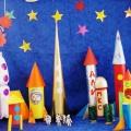 Фотоотчет о выставке поделок «Стартуют в космос корабли»