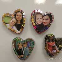 Фотоотчет об изготовлении магнитов из гипса «Сердечко для мамочки!»