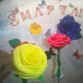 Гигантские розы из гофрированной бумаги