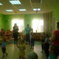 Физкультурный досуг в разновозрастной младшей группе с родителями с использованием игрового стретчинга