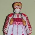 Изготовление куклы в северном народном костюме для мини-музея «Русские традиции» в кабинете рукоделия.