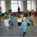 Открытое занятие подвижной игры с использованием физических упражнений в средней группе «Гуси-гуси».