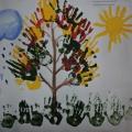 Коллективное рисование детей красками, посвященное акции «Лес-живи!»