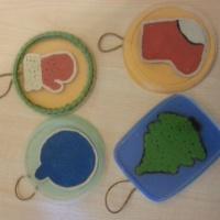 Мастер-класс НОД по лепке для детей средней группы «Новогодние игрушки»