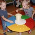Пособие по сенсорному развитию «Разноцветные грибочки»