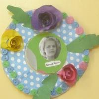 Мастер-класс по изготовлению фото рамки из бумаги «Мамочке любимой»