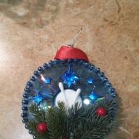 Мастер-класс «Новогодняя игрушка из бросового материала»