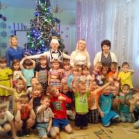 Фотоотчёт «Прощание с новогодней Ёлочкой»