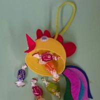 Мастер-класс по изготовлению подарка «Петушок с сюрпризом»