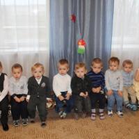 Интегрированное занятие в младшей группе «В гости к Мишке»