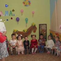 Празднование Дня матери в младшей группе детского сада «Солнечный зайчик»