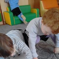 Игровое развивающее занятие «Кошка Мурка в гостях у ребят» с элементами конструирования