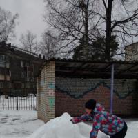 Снежные постройки на участке