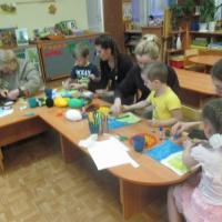 Мастер-класс для родителей с детьми по изготовлению объёмной аппликации из шерстяных ниток «Белая береза»