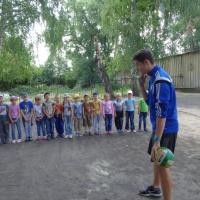 Фотоотчет «Любим мы играть в футбол с тренером Федуловым Ильей»