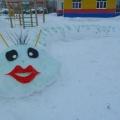 Оформление зимней площадки «На радость детям»