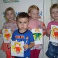 Рисование ладошками «Маленькие ангелочки»