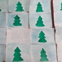 Конспект занятия по рисованию в первой младшей группе «Снежное одеяло для ёлочки»