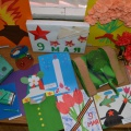Фотоотчет «Выставка совместного творчества детей и родителей «Славный праздник 9 Мая».