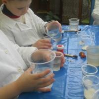 Фотоотчет по непосредственной образовательной деятельности «Царство замороженной воды» экспериментирование в старшей группе
