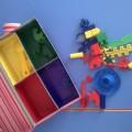 Дидактическая игра для младшего дошкольного возраста «Разноцветная шкатулка»