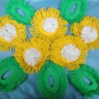 Мастер-класс «Цветы из пряжи»
