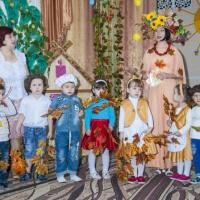 Фотоотчёт об осеннем празднике во второй младшей группе «Осень по садочку ходила»