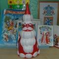 Добрый Дедушка Мороз (из пластиковых ложек)