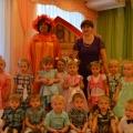 Осенний сценарий праздника для детей первой младшей группы «В гости к Осени»