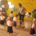Конспект открытого занятия по физкультуре в группе раннего возраста по сюжету русской народной сказки «Колобок»