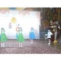 Танцуют дети 2 младшей группы. (Видео)