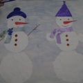 «Нарядные снеговики». Коллективная аппликация с элементами рисования