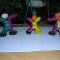 Конспект занятия по изобразительной деятельности (лепка) в средней группе «Игрушечный клоун»