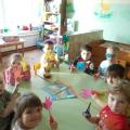 Коллективная аппликация «Наши веселые ладошки»