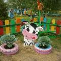Новые поделки на участках детского сада