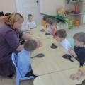 Рисуем пластилином или пластилинография для малышей.