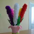 Гиацинты из гофрированной бумаги на конкурс к юбилею детского сада. Мастер-класс
