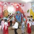 Авторское оформление музыкального зала в детском саду к осенним праздникам