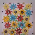 «Мамочка-цветочек»— коллективная поделка из бумаги, оригами